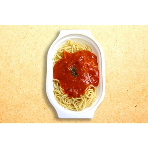 新鮮洋蔥搭配番茄泥熬煮醬汁,搭每一口都充滿異國風的好滋味!
